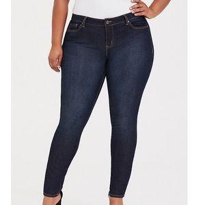 Torrid | Curvy Skinny Jean